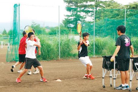 男子テニス部